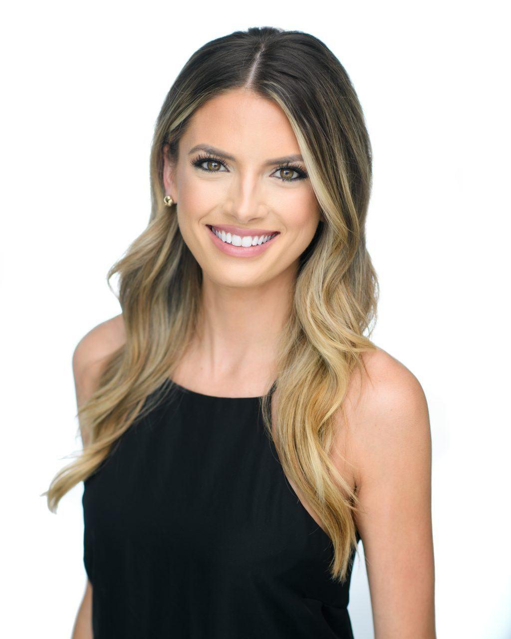 Brooke Desforges, Call Center Specialist